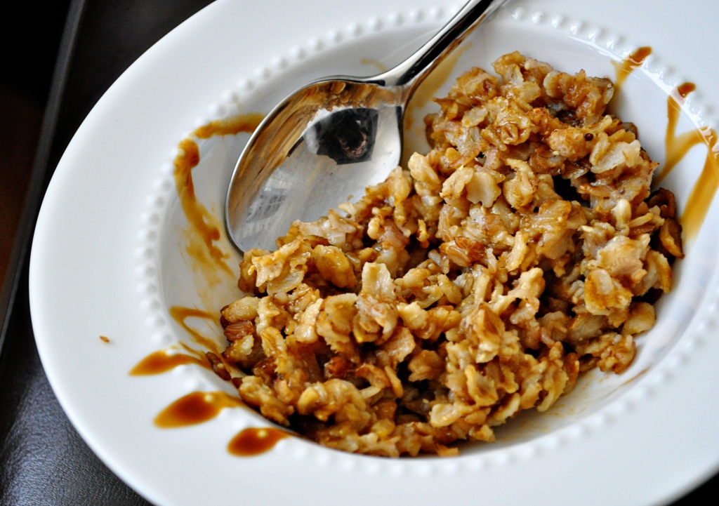 Oatmeal with Molasses