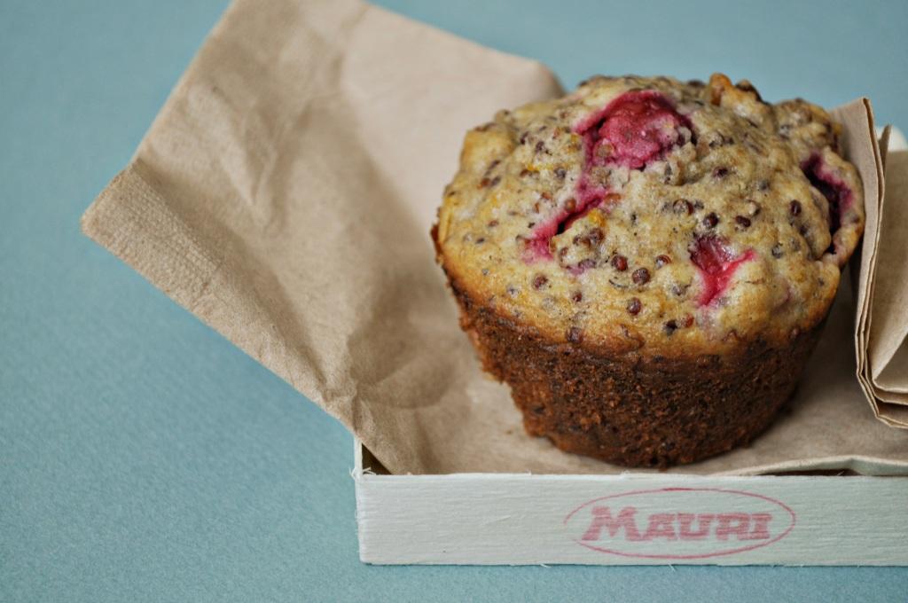 cranberry quinoa muffin
