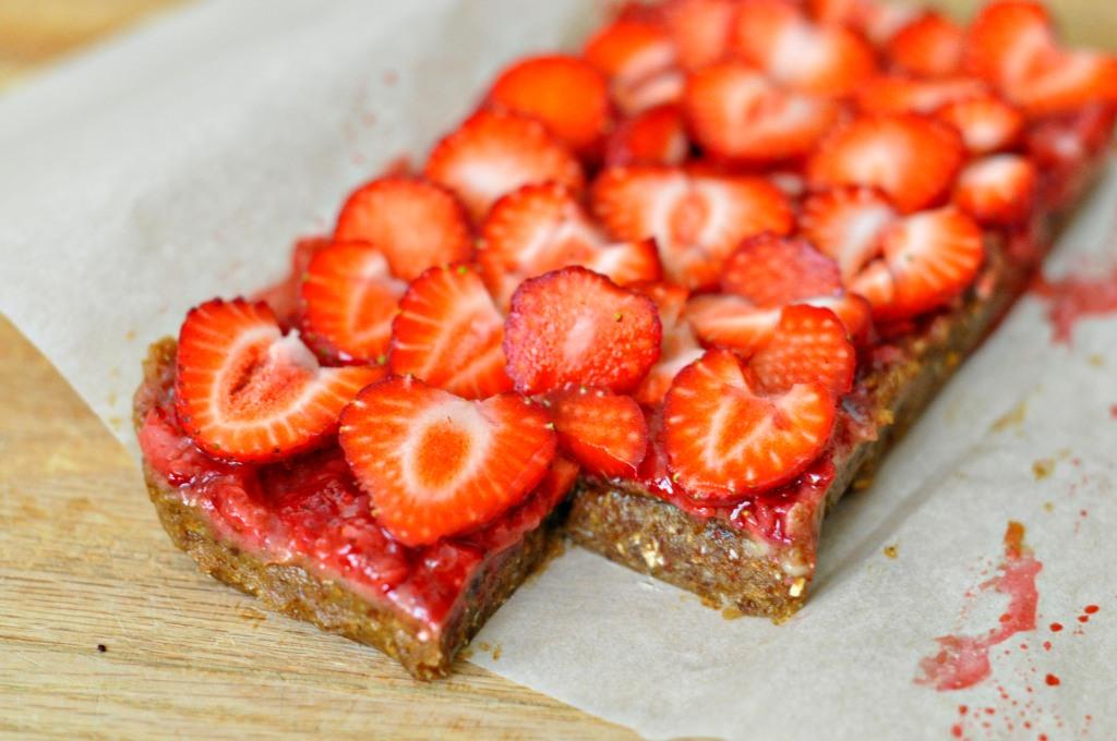 Raw Strawberry Date Bars 2